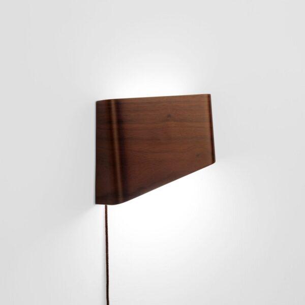 meta-design-slices-walnut-led-wall-reading-lamp-2