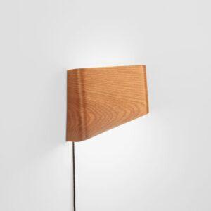 meta-design-slices-white-oak-led-wall-reading-lamp-2